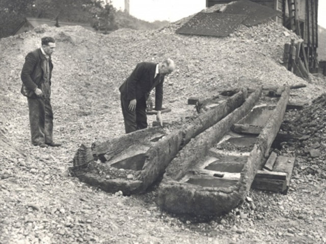 © Rivers Access for All - Iron Age log boats from Holme Pierrepont